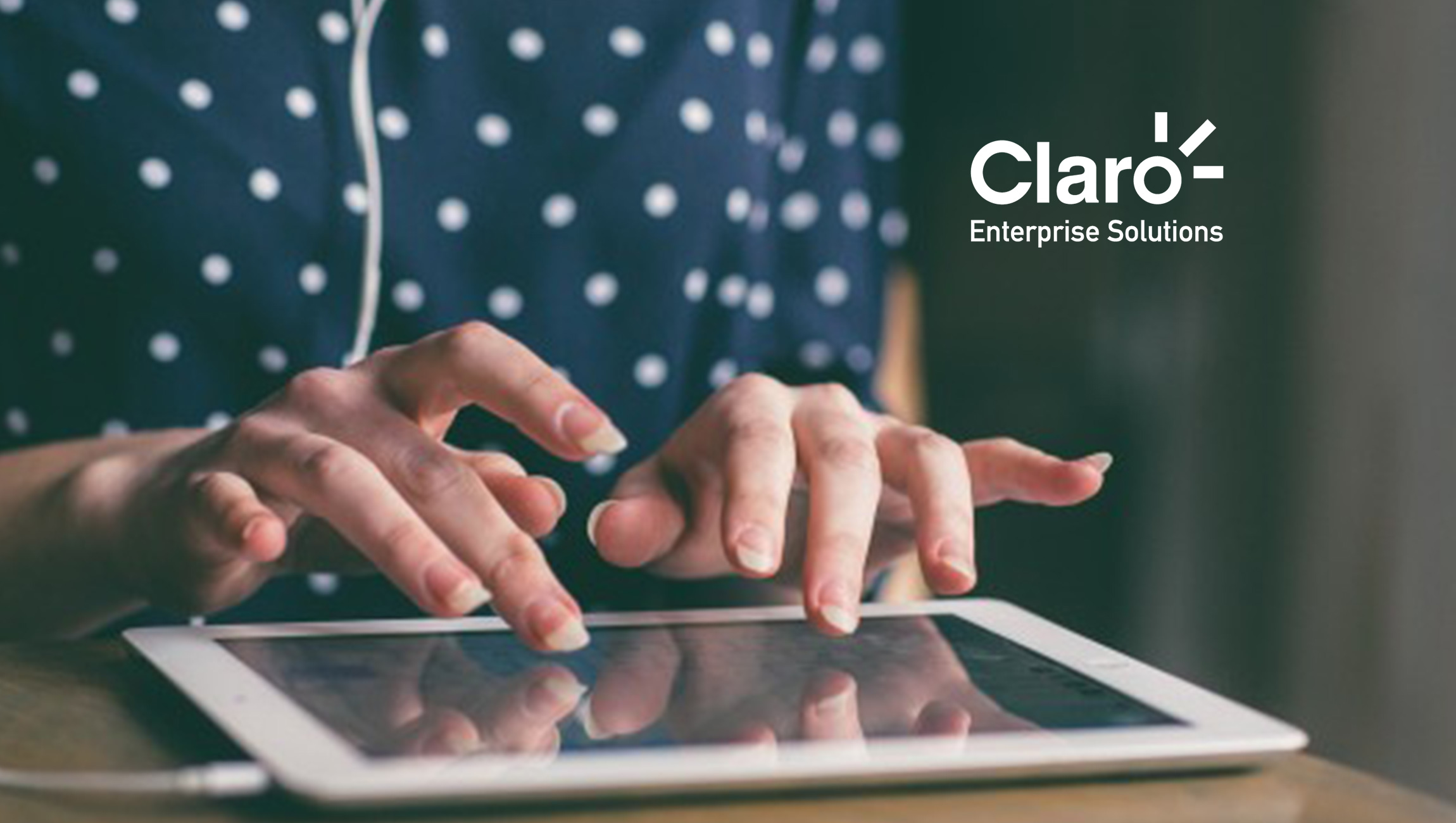 """Claro Enterprise Solutions and The CMO Club Partner to Produce """"Social Media Playbook"""""""